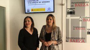 Alcaldesa y la subdelegada de gobierno en el acto de Baeza libre de violencia de Género